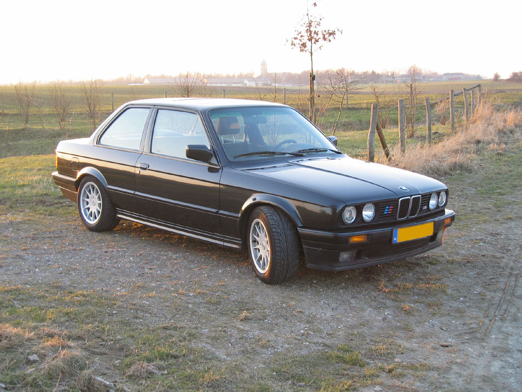 Bmw Heaven Specification Database Specifications For Bmw 320i E30 Sedan 1985 1991