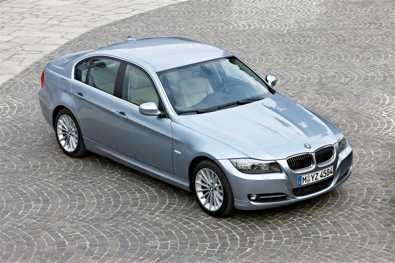 bmw heaven specification database specifications for bmw 318d e90 a lci sedan 2009 now. Black Bedroom Furniture Sets. Home Design Ideas