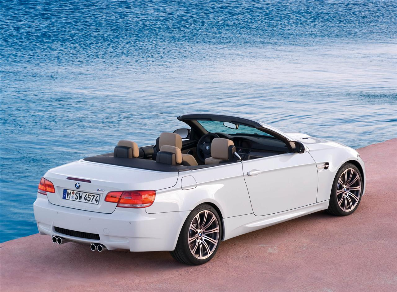 bmw heaven specification database specifications for bmw m3 e93 m dct cabrio 2008 now. Black Bedroom Furniture Sets. Home Design Ideas