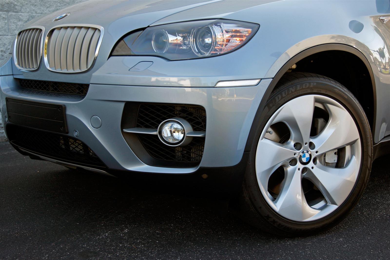 x6 e72 activehybrid bumper 20100501 1865039477 I found everything I needed at Target, and got all the accessories for ...