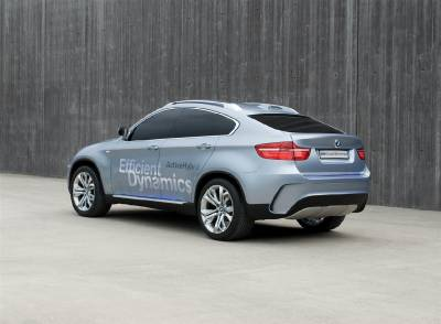 x6_activehybrid_rear