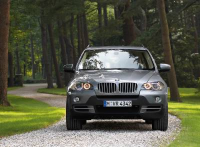x5_facelift_front_grass2