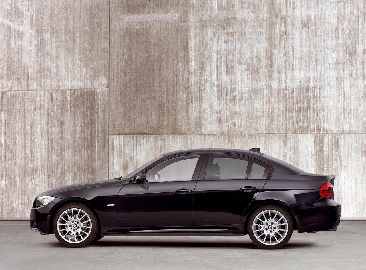 Get Yours Now: BMW 320si Saloon