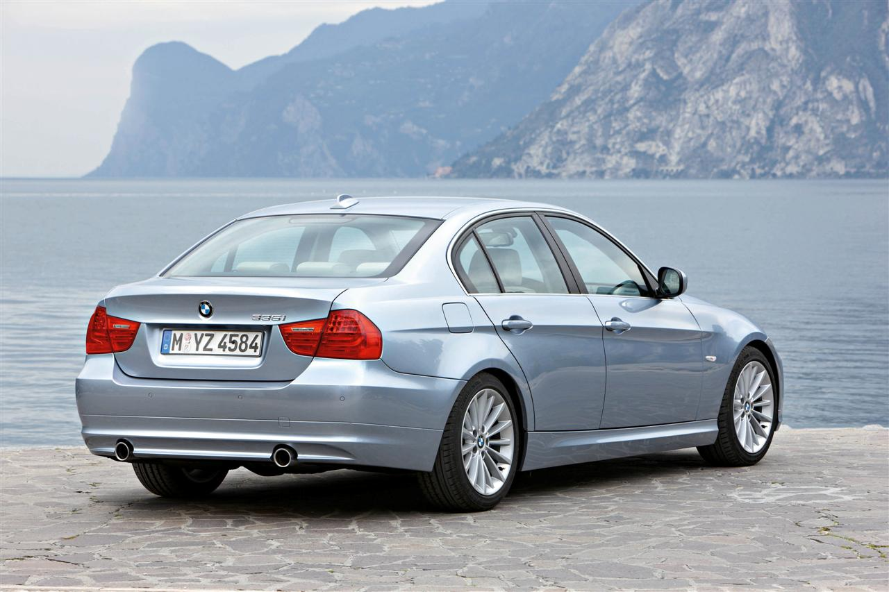 Bmw Heaven Specification Database Specifications For Bmw 335i E90 A Lci Sedan 2008 2008